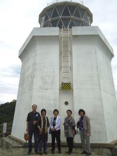 ド大伊王島灯台前にてDSC00754.jpg