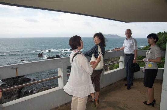 IMGP8772-鎧瀬展望台から東シナ海を望む.jpg