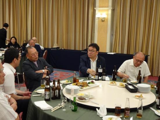 総会会食3.JPG